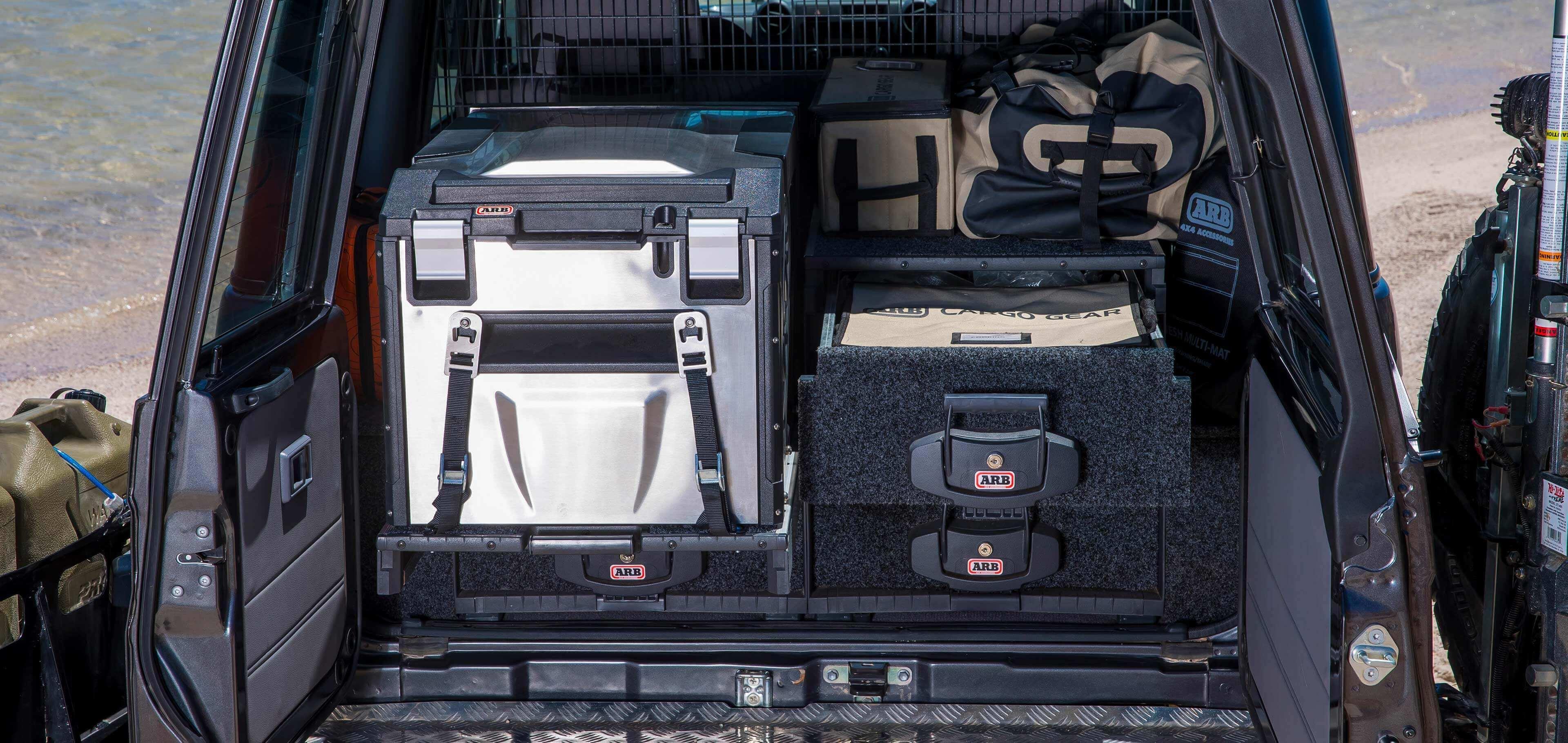 ARB アウトバックソリューション ローラードロワードロワー・荷室収納用具