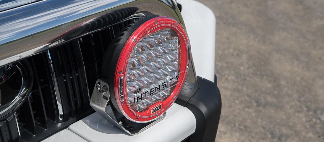 ランドクルーザープラド150系(ランクルプラド150)後期 ARB サミットサハラバンパー(サハラバー)INTENSITY(インテンシティ)LEDフォグランプ