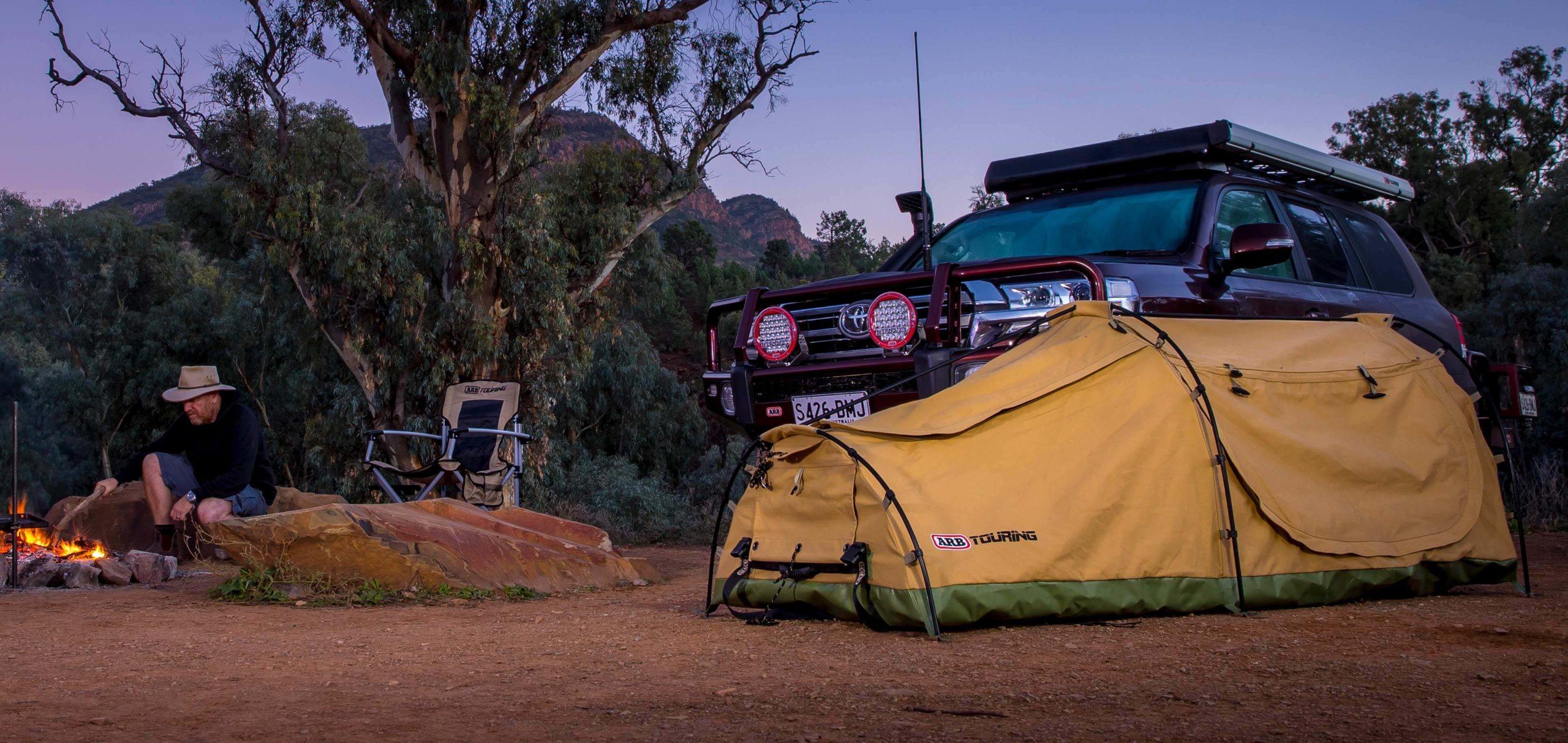 ARB スカイドーム スワッグテントとランクル70