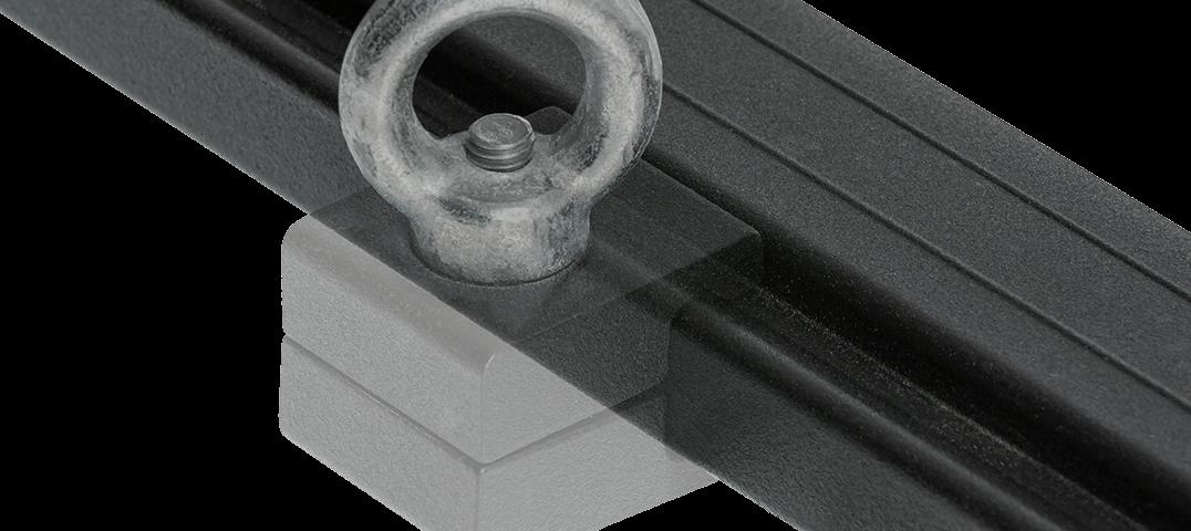 ARB BASE RACK ベースラック:薄型フラット ルーフラック アイボルトタイダウン 単体装着画像(その2)