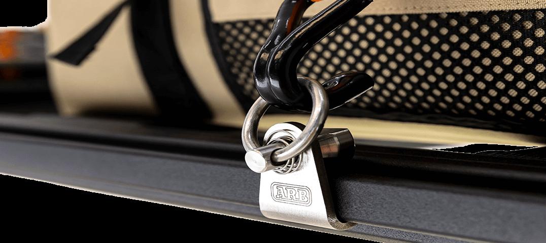 ARB BASE RACK ベースラック:薄型フラット ルーフラック スプリング式タイダウン(その2)