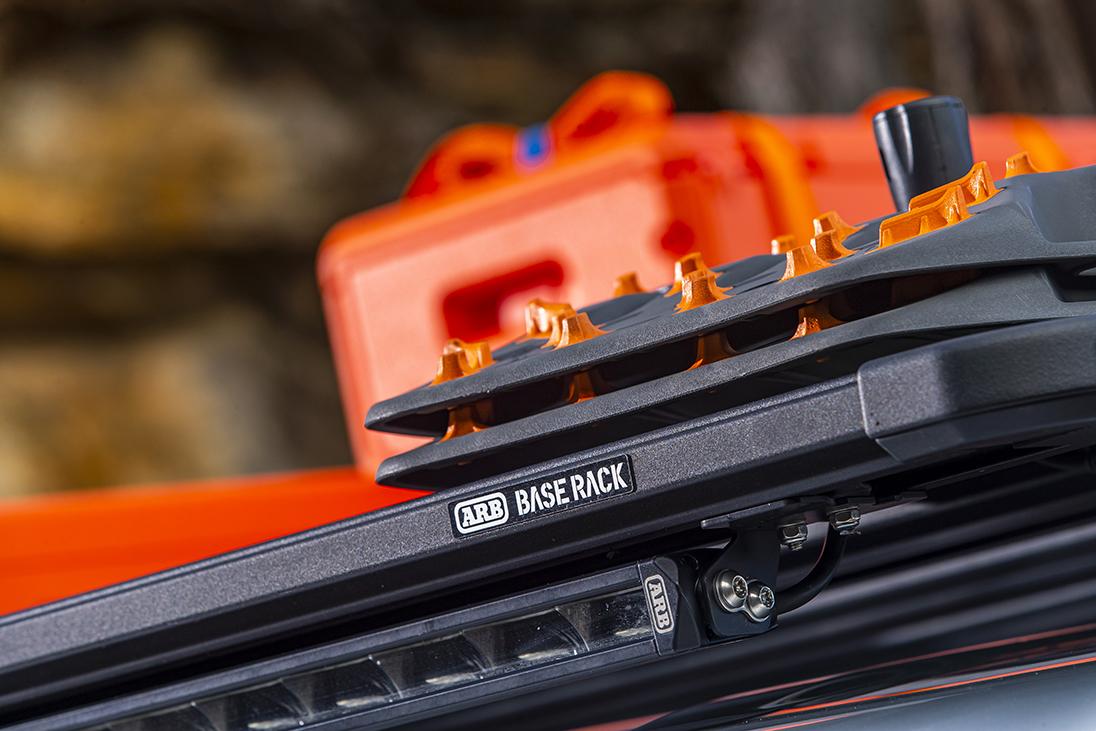 ARB ルーフラック BASE RACK(ベースラック) フラット 低床 アルミ製
